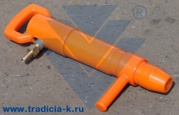 Молоток отбойный ПУМА-6.  Уникальность пневматического отбойного молотка в том, что его масса составляет всего 5 кг.